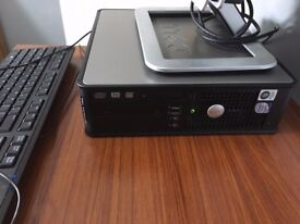 Desktop PC Dell Optiplex 760 with Dell 19 Inch Flat Screen Monitor Keyboard n Mouse Windows 7