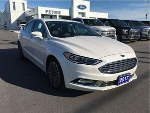 2017 Ford Fusion SE - Heated Leather, Nav, AWD