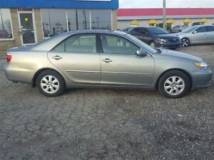 2006 Toyota Camry LE - FREE NEW WINTER TIRE PACKAGE INCLUDED London Ontario image 4