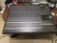 Mackie 24 Channel 8 Bus Mixing Console With PSU 24/8 24:8