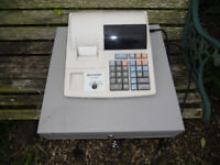 CASH REGISTER GOOD WORKING ORDER XE-130