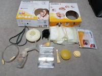 Medela Swing Essentials Pack electric breast pump