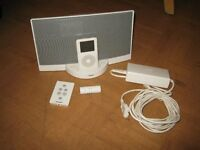 White Bose Sound Docking Station With I-Pod & Accessories