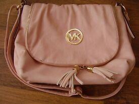 Michael Kors Pink faux Leather Shoulder Bag