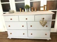 Shabby chic Tv stand/Sideboard Free Delivery Ldn chest of drawers solid pine
