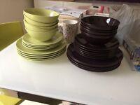 Ikea plates+bowls - FREE