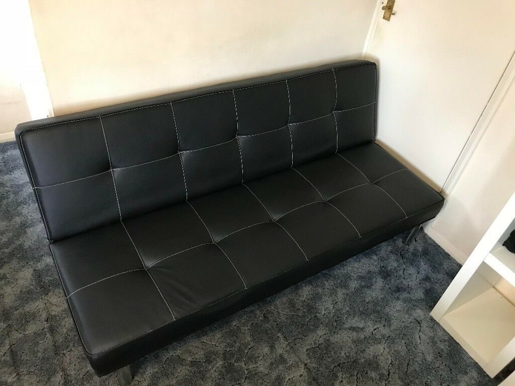 USED BLACK 3 SEATER SOFA IN GOOD CONDITION