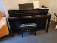 Yamaha Clavinova CLp 480 Polished Ebony ebony , 88 weighted linear wooden keys . keys.