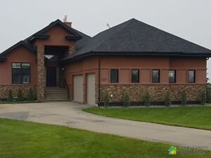 $899,900 - Raised Bungalow for sale in Parkland County