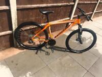 Specialized Hardrock Mens Mountain Bike NOT CARRERA VOODOO