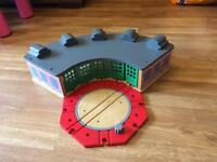 LARGE WOODEN THOMAS TIDMOUTH SHEDS AND TURNTABLE