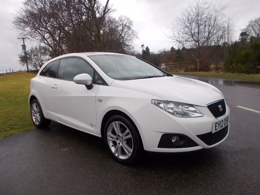 2012 12 seat ibiza 1 4 se copa 3 door in white with two tone black interior in peterculter. Black Bedroom Furniture Sets. Home Design Ideas