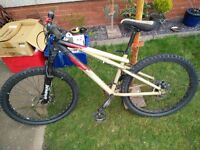 GT Chucker 3.0 mountain bike