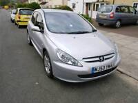 PEUGEOT 307 DIESEL FULLY LOADED WITH TECHNOLOGY CAMERAS DIGITAL RADIO INTERNET REAR DVD SCREENS ETC
