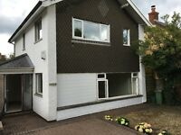 Detached house with double garage to let, Crown Hill, Llantwit Fardre,