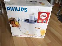Philips HR1851 Juice Extractor - White