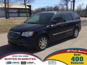 2011 Chrysler Town & Country TOURING | LEATHER | HEATED SEATS |