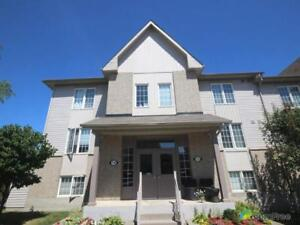 $419,900 - Condominium for sale in Whitby