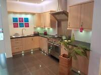 X Display kitchen with or without appliances Trafford centre showroom upto75% off retail