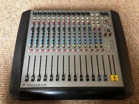 Soundcraft Spirit E12 Mixing Desk
