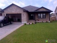 $499,900 - Bungalow for sale in Kincardine