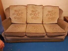 Green Reversible Sofa 3+1+1
