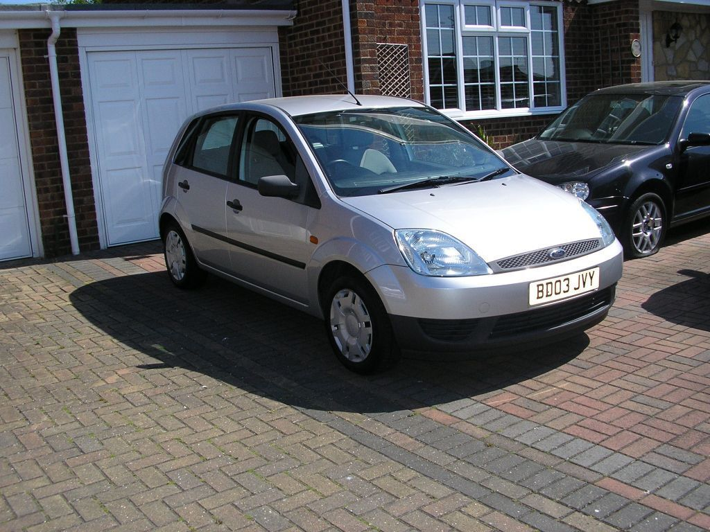 2003 ford fiesta 1 4 tdci met silver 5door only 69000 miles 30 a year tax in whitstable. Black Bedroom Furniture Sets. Home Design Ideas