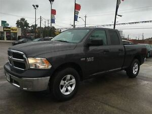 2016 Ram 1500 ST/ PRICED FOR AN IMMEDIATE SALE/ LOW, LOW KMS!! Kitchener / Waterloo Kitchener Area image 3