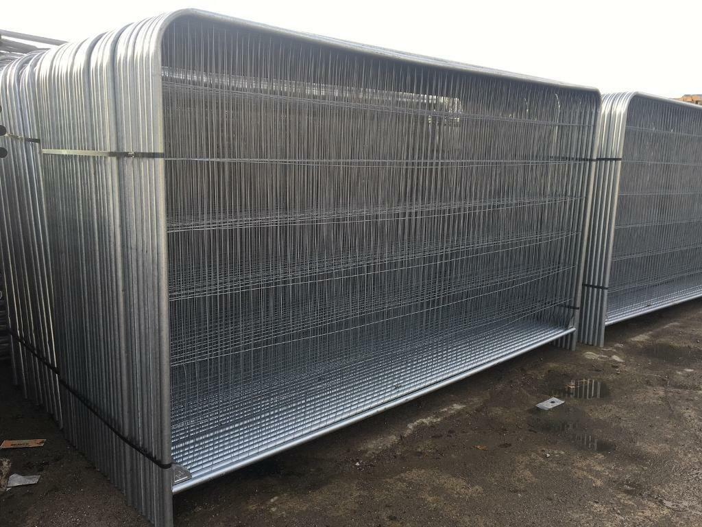 New Round Top Heras Temporary Security Fencing Sets X 35