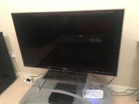 "46"" Samsung LED 1080p 3D Smart TV with 2 pairs of glasses"