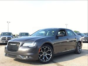 2016 Chrysler 300 S**LEATHER**SUNROOF**NAVIGATION**BLUETOOTH**