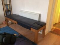 oak massage or Seitei treatment table