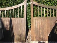 Set of heavy wood gate
