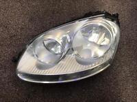 Mk5 Volkswagen Vw Golf headlight in good condition passenger side front 2004-2008