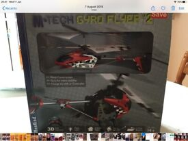 IN GOOD WORKING ORDER SMALL REMOTE CONTROLLED HELICOPTER