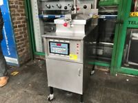 HENNY PENNY PRESSURE CHICKEN FRYER MACHINE FAST FOOD RESTAURANT KITCHEN CATERING COMMERCIAL SHOP