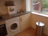 Studio Flat in High Wycombe HP12 3NY near Cressex Business Park and Town Centre