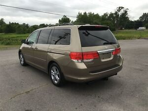 2010 Honda Odyssey Touring - MOON - LEATHER - NAV