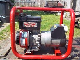 tecumseh 2.2kw 4 stroke petrol generator,with low oil automatic shutdown,very low hours