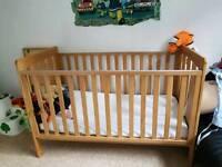 Mamas and papa's cot bed