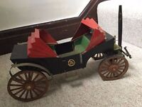 ANTIQUE STYLE VICTORIAN HORSE DRAWN COACH CARRIAGE, LARGE, HAND MADE BALSA WOOD MODEL, UNIQUE