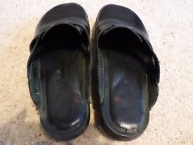 Sandals, black leather, very comfortable, size 6, premium quality