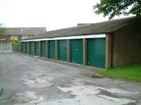 Garage to Let, Leeds 16