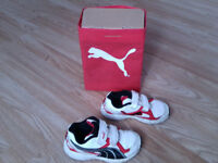 Puma boy trainers / shoes size 8 with box