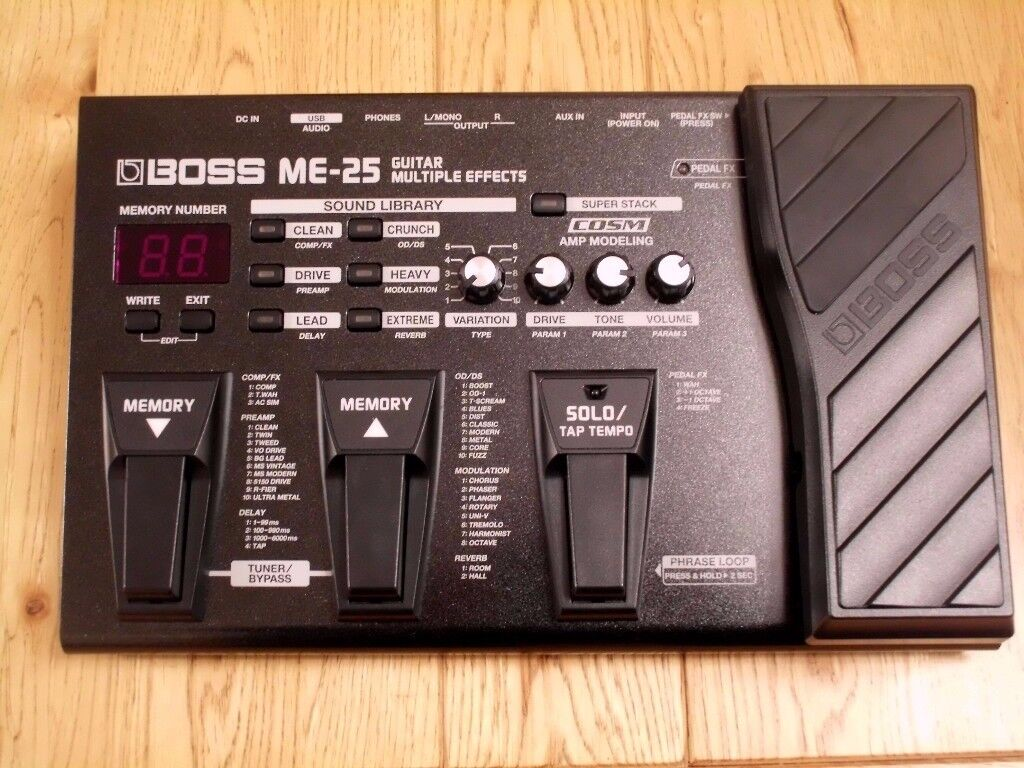 boss me 25 great quality robust guitar multi effects pedal with manual totally mint. Black Bedroom Furniture Sets. Home Design Ideas