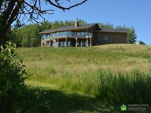 $2,500,000 - Acreage / Hobby Farm / Ranch in Rocky View County