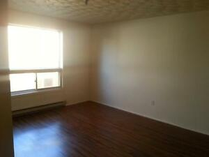Central Hfx,Large,Parking Included, Laundry-