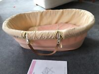 Izziwotnot Wicker Moses Basket with leather straps