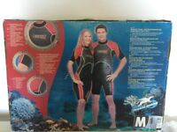 NEW - Shorty wetsuit, womens size medium