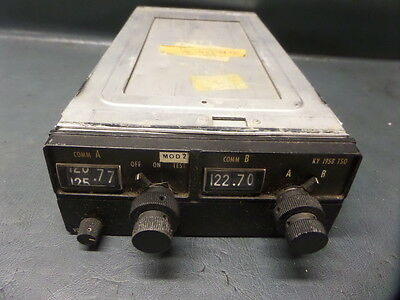 King Ky195b Aircraft Avionics Dual 720 Ch Com Radio With Rack 069 1021 0